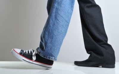 What's the Difference Between Intrapreneurs and Entrepreneurs: Suits vs Sneakers